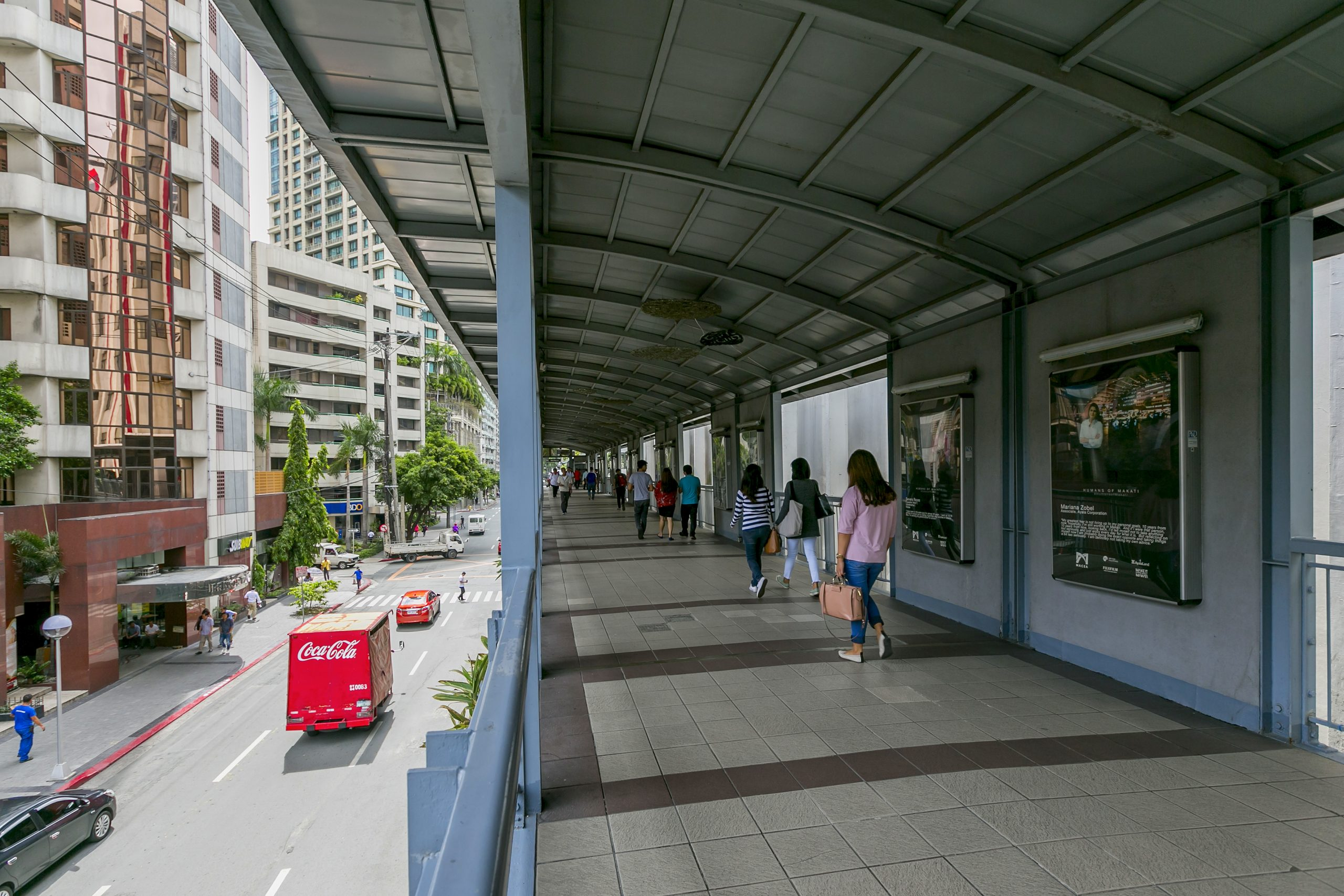 The city's network of elevated walkways is a proud testament to Makati's long-standing commitment to walkablity and accessibility. From the Dela Rosa Elevated Walkway (acclaimed as the country's longest) to its myriad footbridges, everywhere in the city is within walking distance.  Safe, clean, and well-lit pathways ensure pedestrians that they are protected from the elements and have quick access to their destinations.