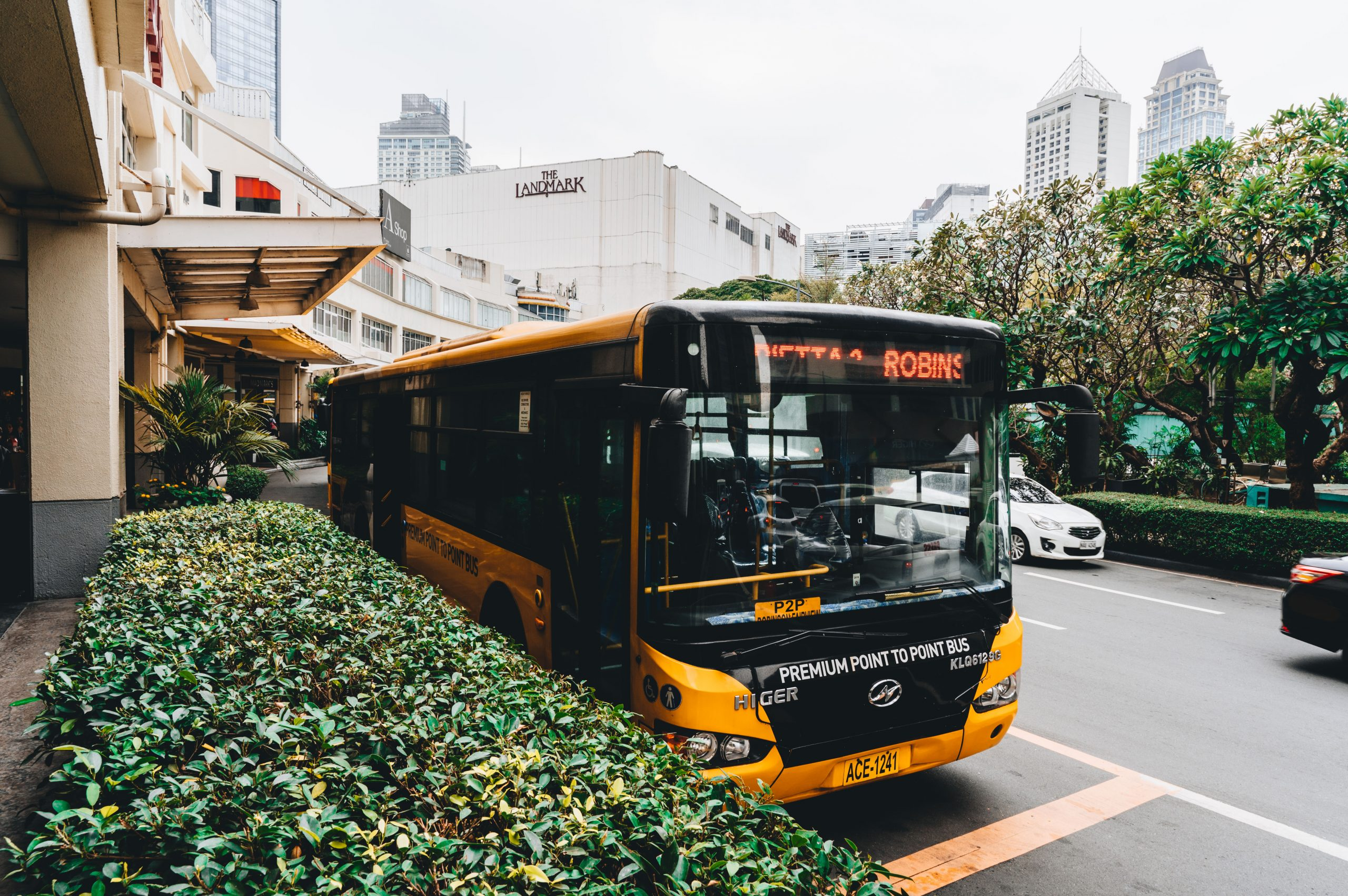 High-end P2P buses, whose tickets come at pocket-friendly prices, serve commuters at strategic bus terminals located in Glorietta and Circuit Makati. Getting to and from these two hubs have never been easier.